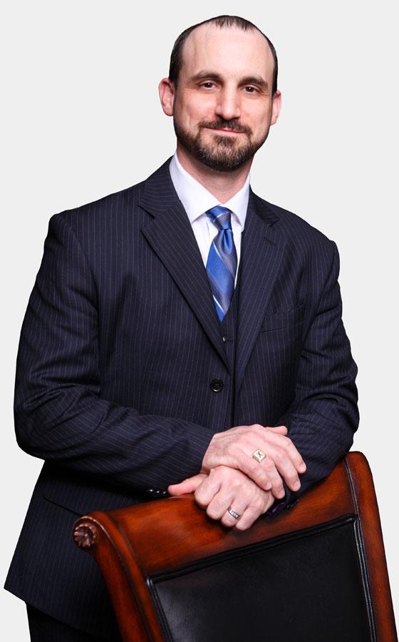 https://gwsllp.ca/wp-content/uploads/2017/10/lawyer_03.jpg